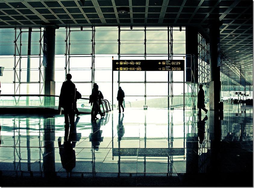 barcalona-airport-1240125-1919x1426